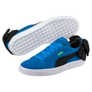 PUMA Blue Suede Back Bow Sneakers Size 8 Like New